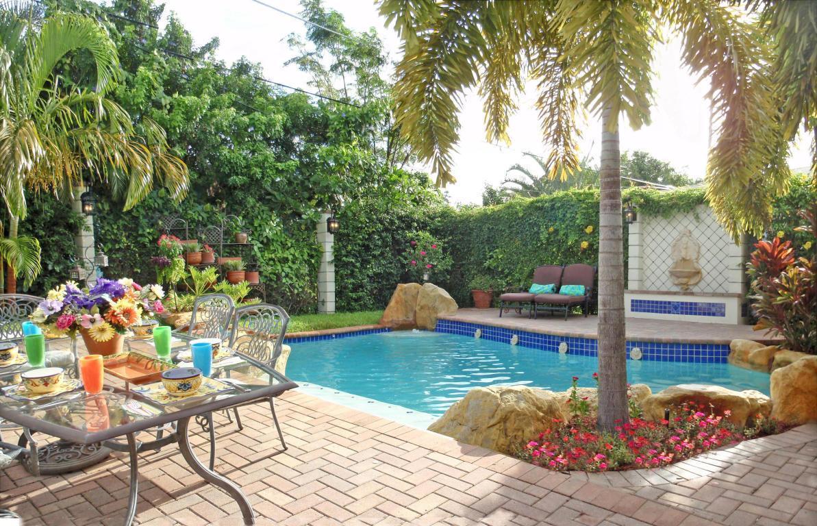 245 Arlington Road West Palm Beach, FL 33405