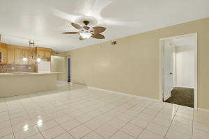 Additional photo for property listing at 701 Avenue L 701 Avenue L Delray Beach, Florida 33483 Estados Unidos