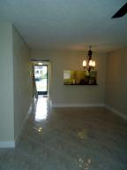 Additional photo for property listing at 7101 Golf Colony Court 7101 Golf Colony Court Lake Worth, Florida 33467 Estados Unidos