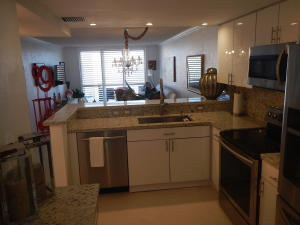 Additional photo for property listing at 3580 S Ocean Boulevard 3580 S Ocean Boulevard South Palm Beach, Florida 33480 États-Unis