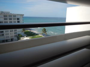 Additional photo for property listing at 3580 S Ocean Boulevard 3580 S Ocean Boulevard South Palm Beach, Florida 33480 United States