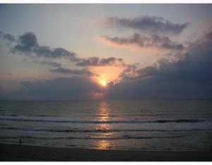 Condomínio para Locação às Pineda Ocean Club, 155 Florida A1a 155 Florida A1a Satellite Beach, Florida 32937 Estados Unidos