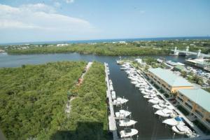 共管式独立产权公寓 为 出租 在 MARINA VILLAGE, 700 E Boynton Beach Boulevard 博因顿海滩, 佛罗里达州 33435 美国