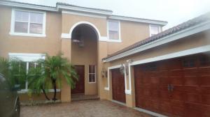 واحد منزل الأسرة للـ Sale في 2601 SW 195th Terrace Miramar, Florida 33029 United States