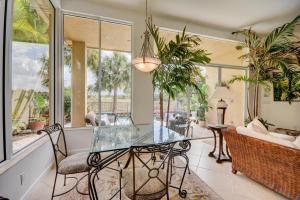 Additional photo for property listing at 239 Porto Vecchio Way 239 Porto Vecchio Way Palm Beach Gardens, Florida 33418 United States