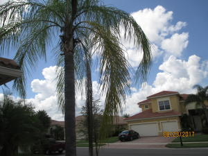Additional photo for property listing at 10386 SW Azzia Way 10386 SW Azzia Way Port St. Lucie, Florida 34987 États-Unis