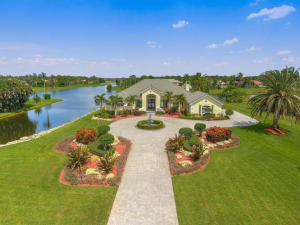 Single Family Home for Sale at 7856 Woodsmuir Drive West Palm Beach, Florida 33412 United States