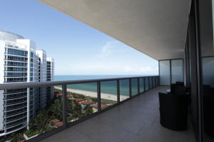 Additional photo for property listing at 5875 Collins Avenue 5875 Collins Avenue Miami Beach, Florida 33140 United States