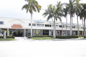 Comercial para Venda às 900 E Atlantic Avenue 900 E Atlantic Avenue Delray Beach, Florida 33483 Estados Unidos