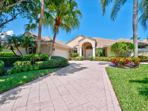 Single Family Home for Sale at 28 Saint James Drive 28 Saint James Drive Palm Beach Gardens, Florida 33418 United States