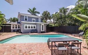 Additional photo for property listing at 211 Nottingham Boulevard 211 Nottingham Boulevard West Palm Beach, Florida 33405 United States