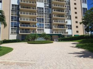 Additional photo for property listing at 2701 N Ocean Boulevard 2701 N Ocean Boulevard Fort Lauderdale, Florida 33308 Estados Unidos