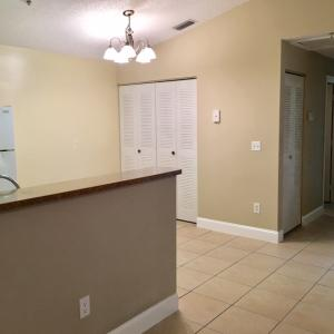 Additional photo for property listing at 5560 NW 61st Street 5560 NW 61st Street Coconut Creek, Florida 33073 États-Unis