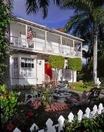 Maison avec plusieurs logements pour l Vente à SABAL PALM HOUSE BED AND BREAKFAST, 109 N Golfview Road 109 N Golfview Road Lake Worth, Florida 33460 États-Unis