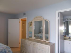 Additional photo for property listing at 158 Valencia G 158 Valencia G Delray Beach, Florida 33446 États-Unis