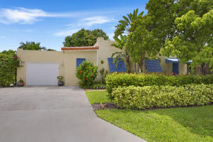 独户住宅 为 出租 在 907 SE 3rd Avenue 907 SE 3rd Avenue 德尔雷比奇海滩, 佛罗里达州 33483 美国