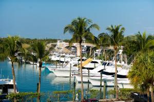 Condominio por un Venta en 50 S Beach Road 50 S Beach Road Tequesta, Florida 33469 Estados Unidos