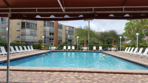 Additional photo for property listing at 5301 NW 2nd Avenue 5301 NW 2nd Avenue Boca Raton, Florida 33487 Vereinigte Staaten
