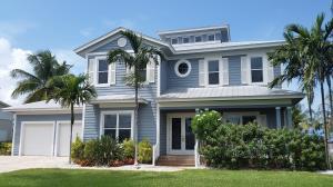 Single Family Home for Sale at 8551 SE Driftwood Street 8551 SE Driftwood Street Hobe Sound, Florida 33455 United States