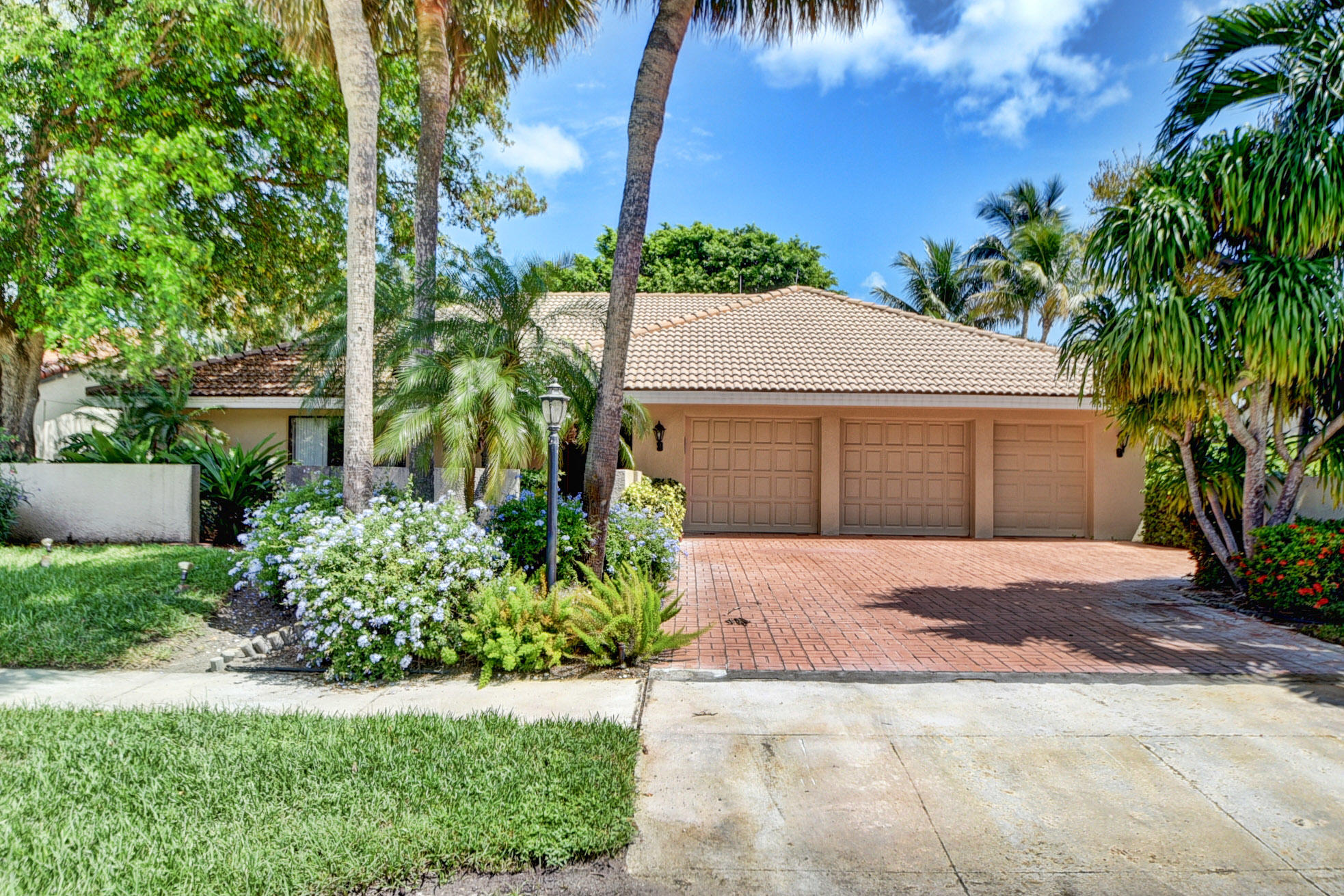 16918 River Birch Circle Delray Beach, FL 33445 photo 1