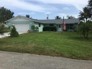 Casa Unifamiliar por un Alquiler en 8744 SE Sandcastle Circle 8744 SE Sandcastle Circle Hobe Sound, Florida 33455 Estados Unidos