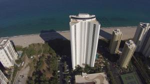 شقة بعمارة للـ Rent في 3000 North Ocean Drive 3000 North Ocean Drive Singer Island, Florida 33404 United States