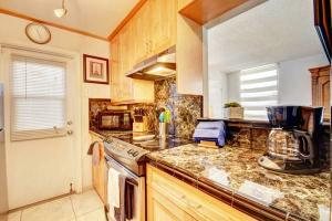 Additional photo for property listing at 3640 N Ocean Drive 3640 N Ocean Drive Singer Island, Florida 33404 États-Unis