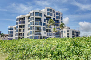 Townhouses Of Highland Beach - Highland Beach - RX-10364066