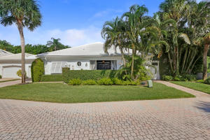 Single Family Home for Sale at 4702 Captains Way 4702 Captains Way Jupiter, Florida 33477 United States