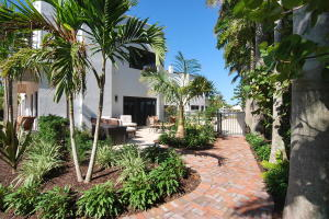 Additional photo for property listing at 1121 Bel Air Drive 1121 Bel Air Drive Highland Beach, Florida 33487 United States