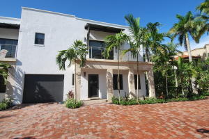 Townhouse for Rent at 1121 Bel Air Drive 1121 Bel Air Drive Highland Beach, Florida 33487 United States