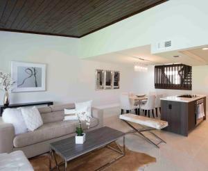 Stadthaus für Mieten beim 293 Old Meadow Way 293 Old Meadow Way Palm Beach Gardens, Florida 33418 Vereinigte Staaten