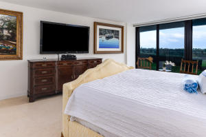 Additional photo for property listing at 3400 S Ocean Boulevard 3400 S Ocean Boulevard Palm Beach, Florida 33480 United States