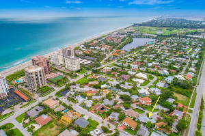 Single Family Home for Sale at 481 Neptune Road 481 Neptune Road Juno Beach, Florida 33408 United States