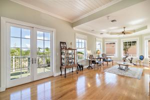 Additional photo for property listing at 511 Saturn Lane 511 Saturn Lane Juno Beach, Florida 33408 United States