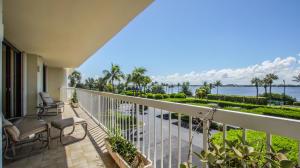 Condomínio para Venda às 3300 S Ocean Boulevard 3300 S Ocean Boulevard South Palm Beach, Florida 33480 Estados Unidos
