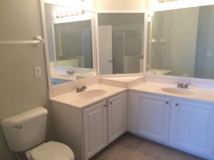 Additional photo for property listing at 4108 Emerald 4108 Emerald Lake Worth, Florida 33461 United States