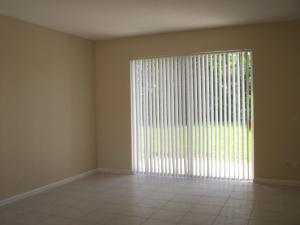 Additional photo for property listing at 6765 Silver Ridge Lane 6765 Silver Ridge Lane Greenacres, Florida 33413 Estados Unidos