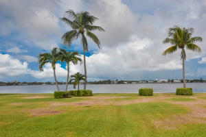 Condominium for Rent at 2170 Ibis Isle Road 2170 Ibis Isle Road Palm Beach, Florida 33480 United States