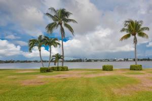 共管式独立产权公寓 为 出租 在 2170 Ibis Isle Road 2170 Ibis Isle Road 棕榈滩, 佛罗里达州 33480 美国