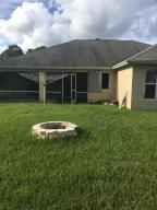 Additional photo for property listing at 731 SE Browning Avenue 731 SE Browning Avenue Port St. Lucie, Florida 34983 Vereinigte Staaten