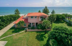 Einfamilienhaus für Verkauf beim Address Not Available Melbourne, Florida 32951 Vereinigte Staaten