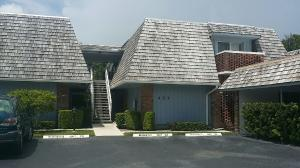 共管式独立产权公寓 为 出租 在 TUDOR IN PINES II, 423 Pine Tree Court 423 Pine Tree Court Atlantis, 佛罗里达州 33462 美国