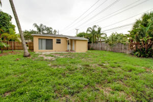 Additional photo for property listing at 1213 NE 13 Street 1213 NE 13 Street Fort Lauderdale, Florida 33304 United States