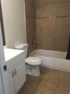 Additional photo for property listing at 1389 NW 126th Way 1389 NW 126th Way Sunrise, Florida 33323 États-Unis