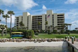 Condomínio para Locação às 19900 Beach Road 19900 Beach Road Jupiter, Florida 33469 Estados Unidos