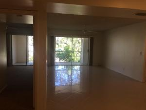 Additional photo for property listing at 612 NW 13 Street 612 NW 13 Street Boca Raton, Florida 33432 Estados Unidos