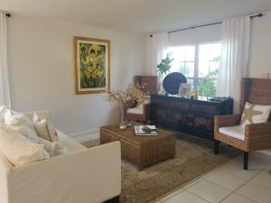 Additional photo for property listing at 1695 S Club Drive 1695 S Club Drive 惠灵顿, 佛罗里达州 33414 美国