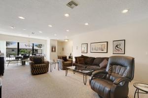 Appartement en copropriété pour l à louer à Turtle Creek Condo, 16 SE Turtle Creek Drive 16 SE Turtle Creek Drive Tequesta, Florida 33469 États-Unis