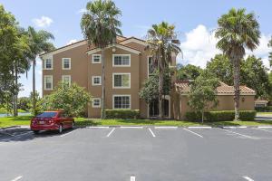 Eigentumswohnung für Mieten beim 4840 N State Road 7 4840 N State Road 7 Coconut Creek, Florida 33073 Vereinigte Staaten